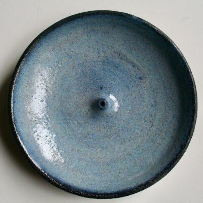 Røgelsesholder #4, blå, lavet af Marguerite Johnsen