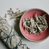 Røgelseskar #1 lavet af keramiker Marguerite Johnsen